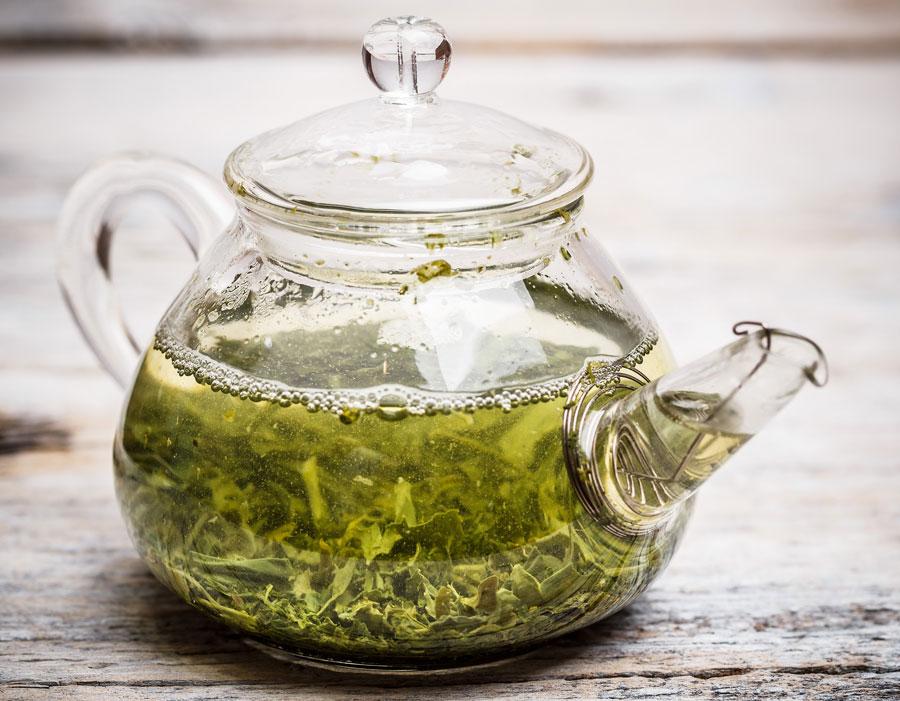 brewing Whit Tea