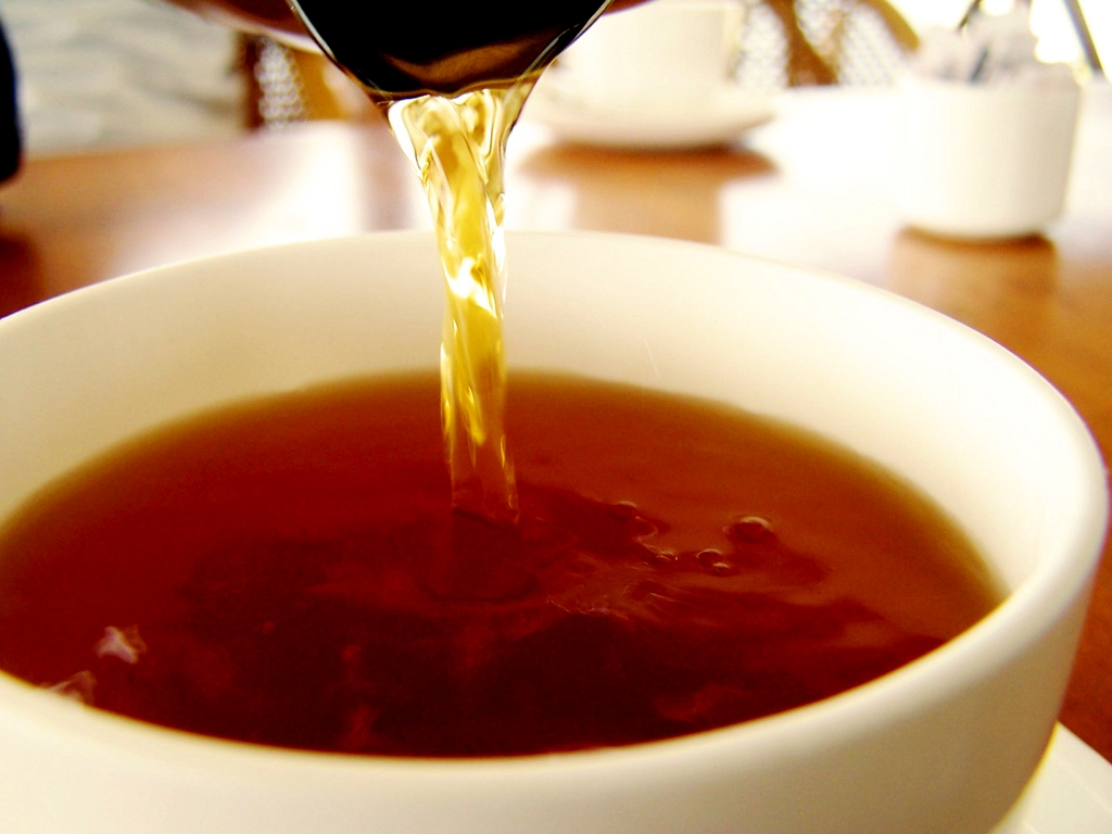 Making a dark tea